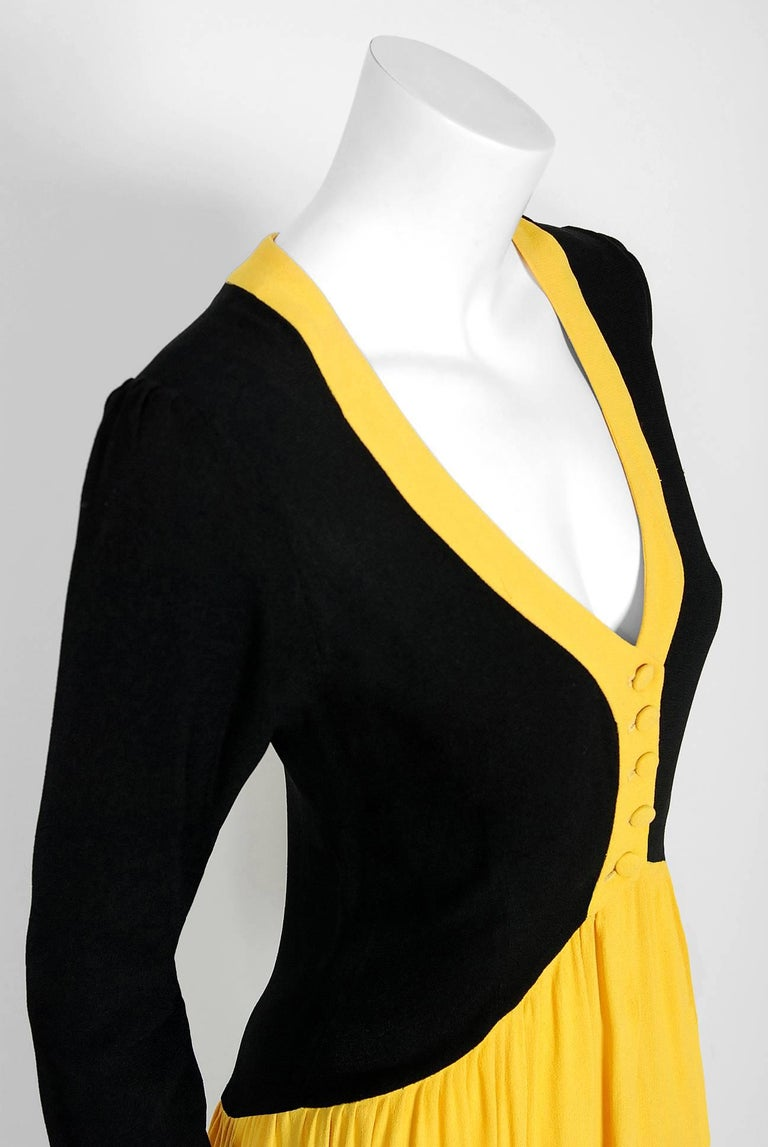 1971 Ossie Clark Couture Traffic Light Block-Color Tiered Crepe Plunge Dress 4