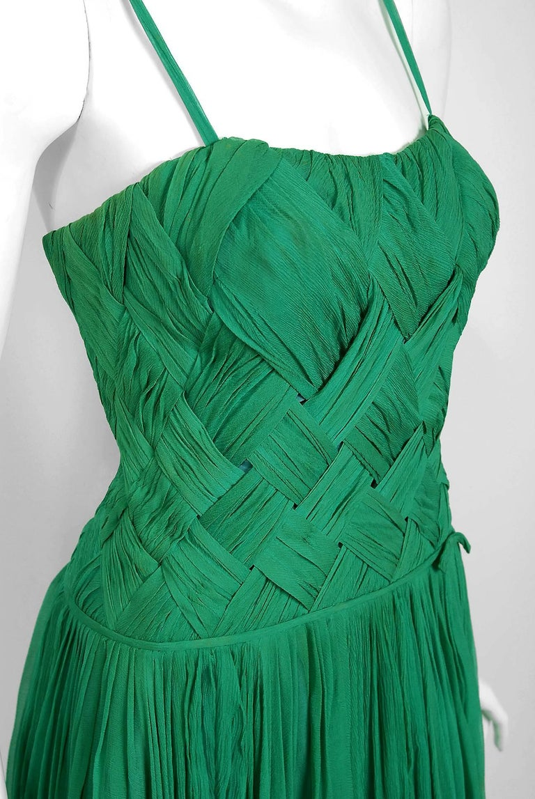 1961 Carven Couture Seafoam Green Ribbon Weave Crepe Chiffon Full-Skirted Dress In Good Condition For Sale In Beverly Hills, CA