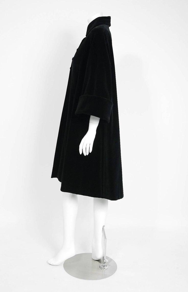 4afb7278d98 1951 Pierre Balmain Haute-Couture Black Velvet Wide-Cuff Swing Coat Jacket  In Excellent