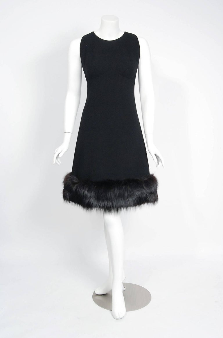1965 Pauline Trigere Black Wool & Genuine Fox-Fur Cocktail Dress & Capelet Set In Excellent Condition For Sale In Beverly Hills, CA