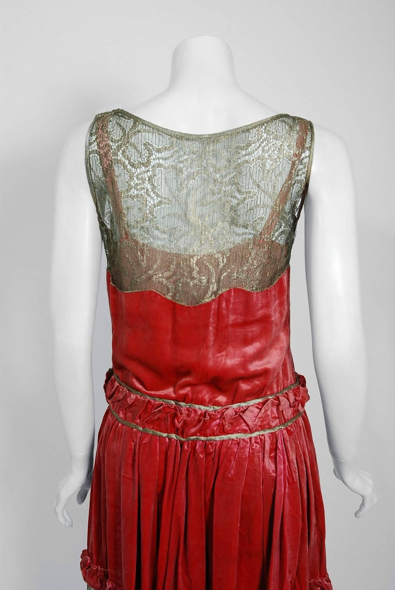 1920's Bedell Couture Magenta Velvet Metallic Gold Lace Art Deco Flapper Dress For Sale 2