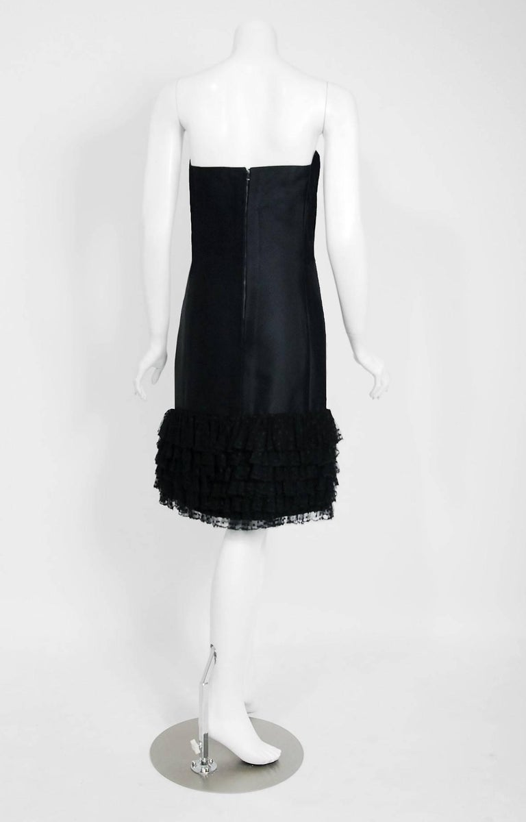 1960 Christian Dior Black Silk & Dotted Tulle Strapless Bow Cocktail Party Dress For Sale 2