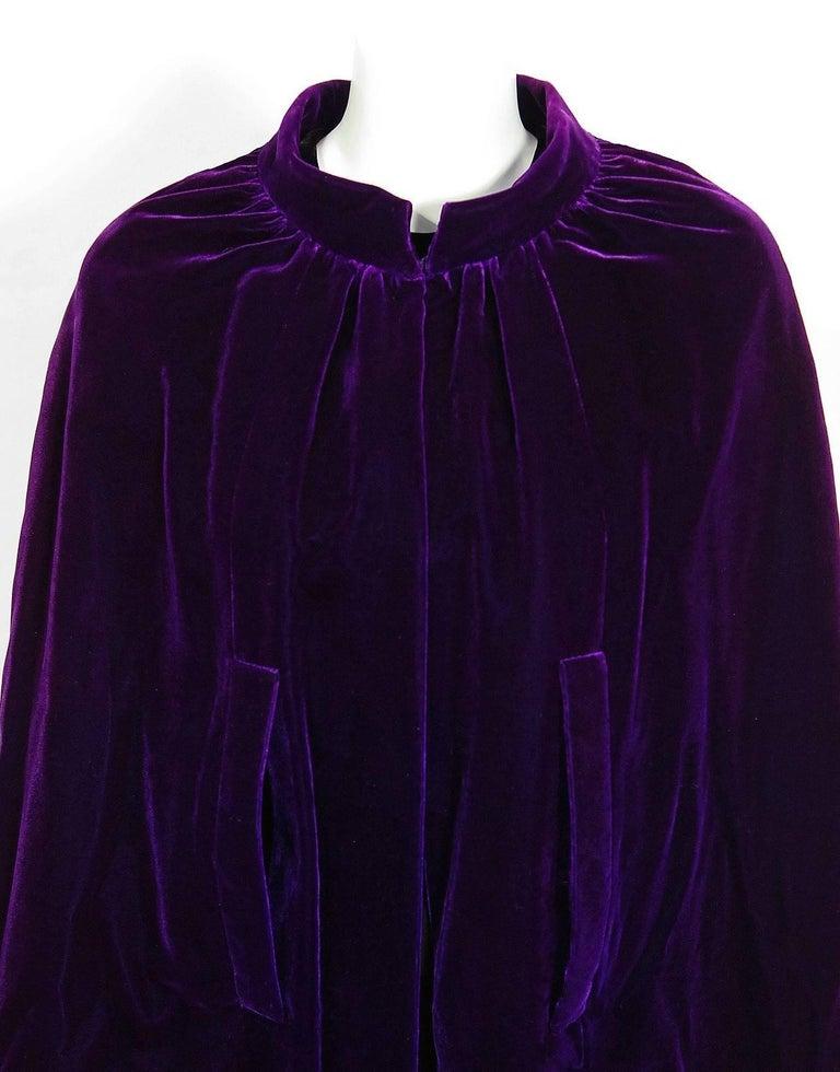 Women's Vintage 1970 Pierre Balmain Haute Couture Purple Velvet Gown & Full-Length Cape For Sale