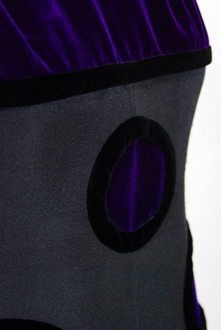 c51f9bec95f 1970 Pierre Balmain Haute-Couture Purple Velvet Graphic Mod Evening Gown &  Cape For Sale
