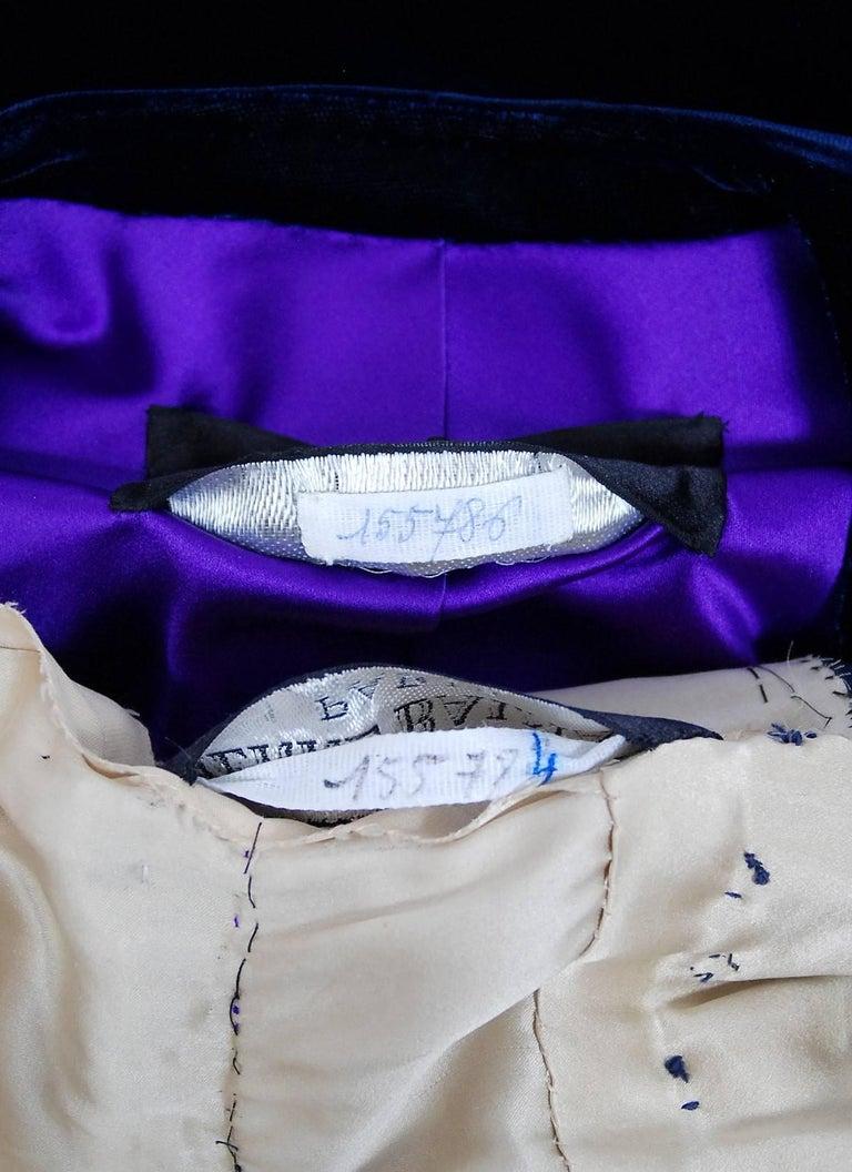 Vintage 1971 Pierre Balmain Haute-Couture Beaded Blue Velvet Jumpsuit and Jacket For Sale 3
