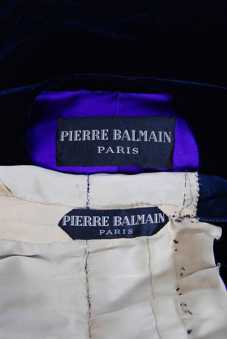 Vintage 1971 Pierre Balmain Haute-Couture Beaded Blue Velvet Jumpsuit and Jacket For Sale 2