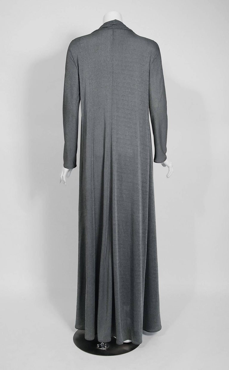1990 Geoffrey Beene Charcoal Grey Silk-Jersey Draped Scarf High Slit Maxi Dress For Sale 1