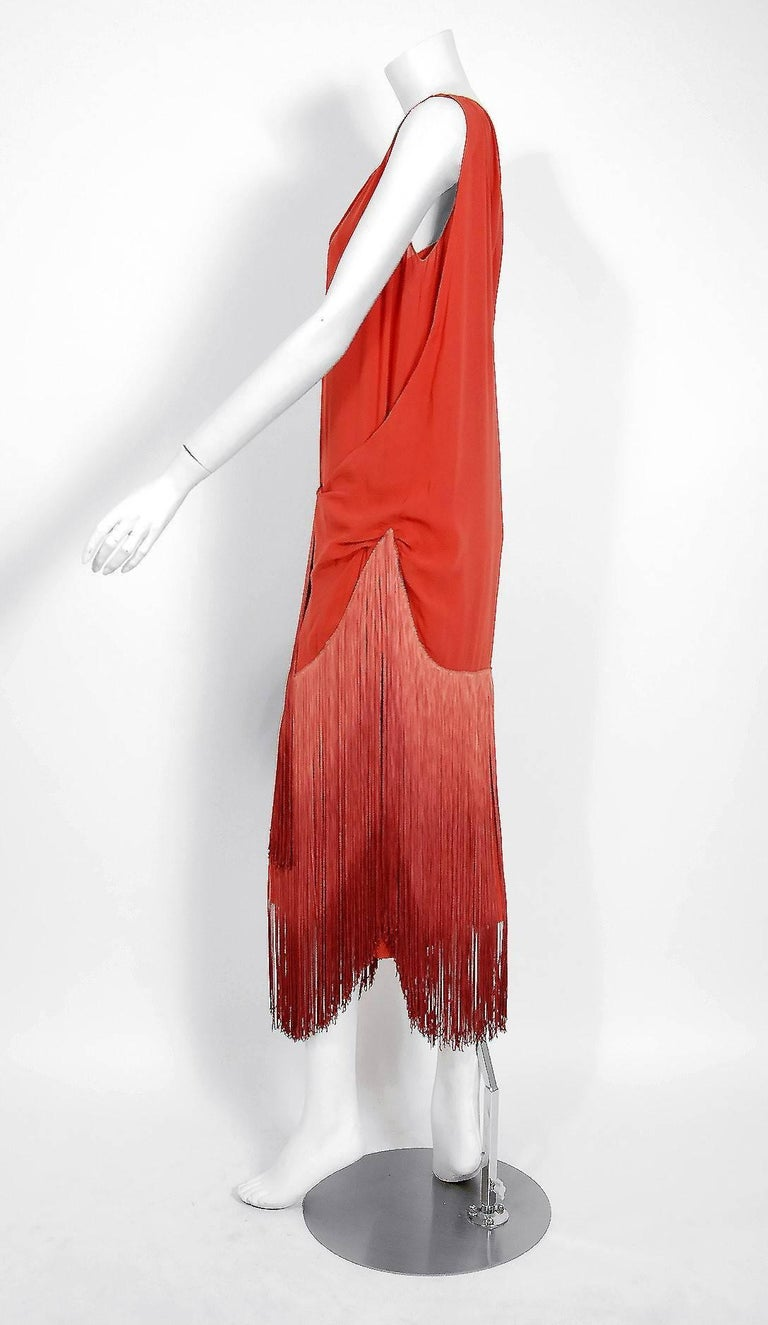 1920's Cinnamon Silk-Chiffon Sculpted Ombre Fringe Sleeveless Flapper Dress In Good Condition For Sale In Beverly Hills, CA