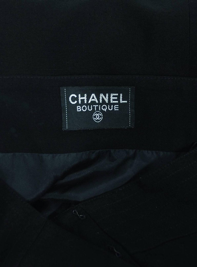 Vintage 1995 Chanel Black Linen One Shoulder Asymmetric Double-Breasted Dress For Sale 4