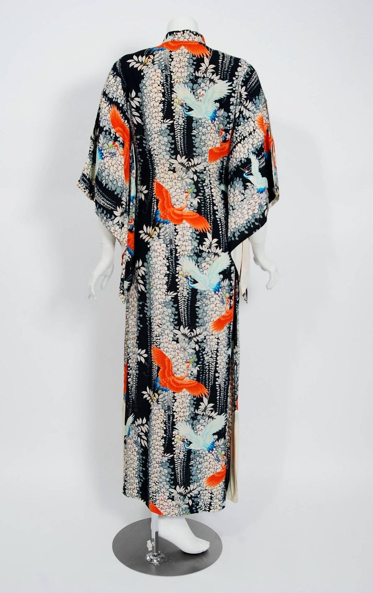 1940's Hawaiian Novelty Crane-Bird Tropical Print Silk Rayon Pake Muu Gown Dress For Sale 3