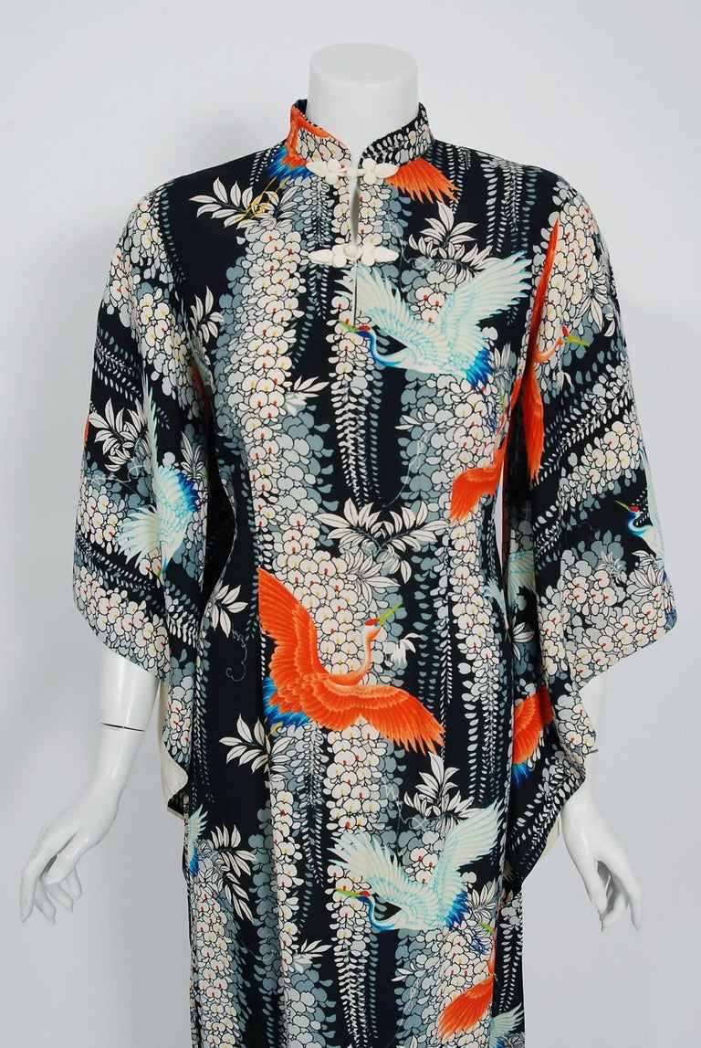 Breathtaking 1940's Pake Muu from the famous