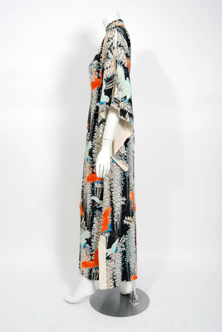 1940's Hawaiian Novelty Crane-Bird Tropical Print Silk Rayon Pake Muu Gown Dress For Sale 2