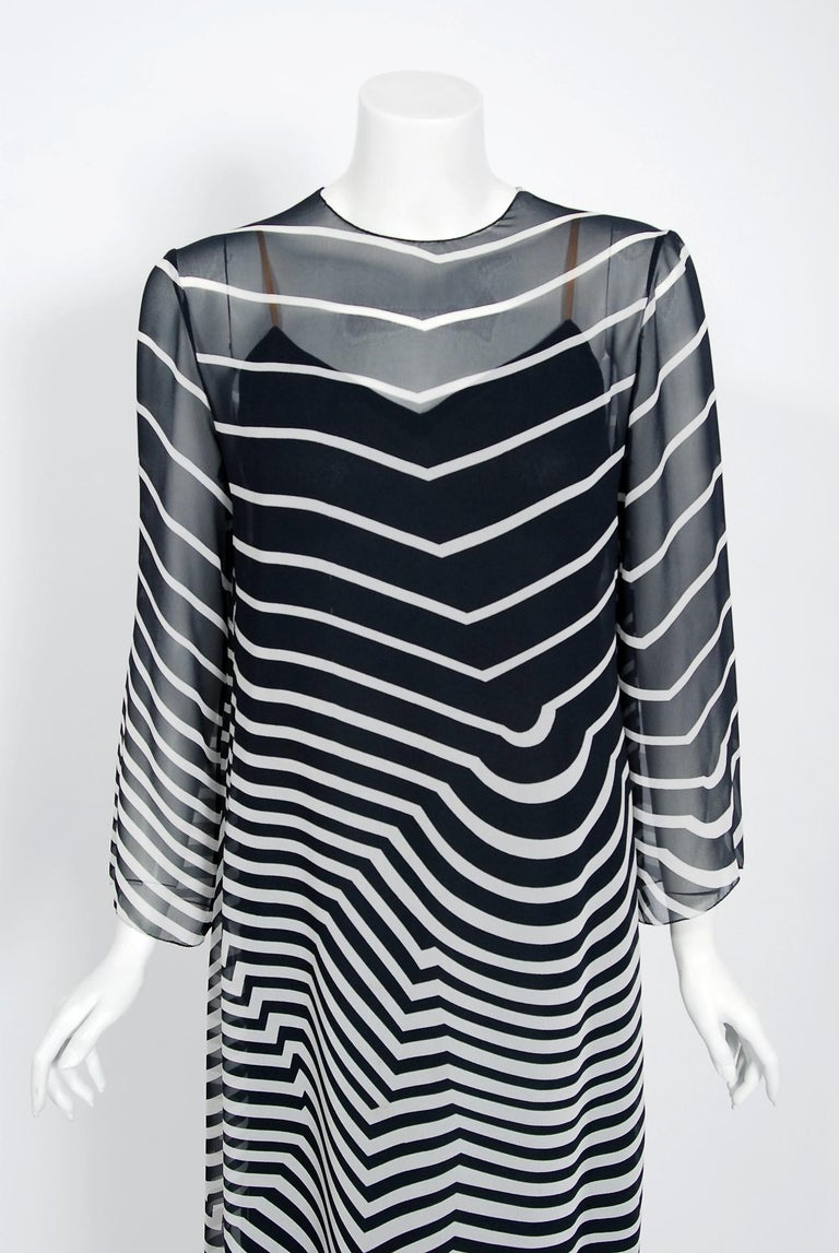 Halston Couture Black and White Graphic Illusion Silk Chiffon Maxi Dress, 1977 In Excellent Condition For Sale In Beverly Hills, CA