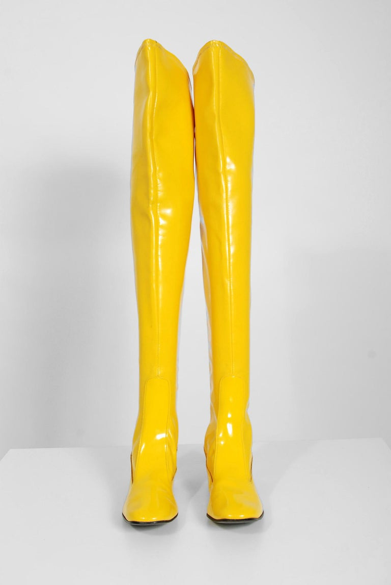 7a3318de92d 1960 s Sunshine Yellow Vinyl Over-The-Knee Pull On Space Age Mod Boots For