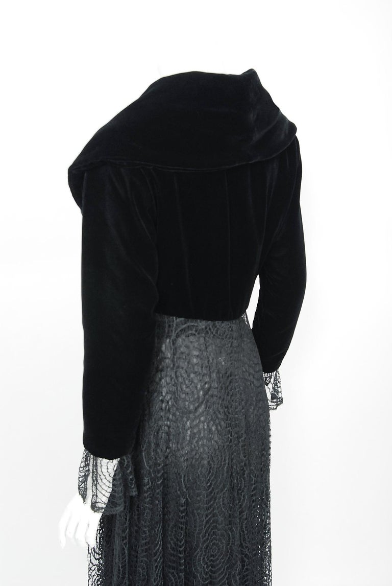 Vintage 1995 Karl Lagerfeld for Chloe Black Spiderweb Lace Velvet Dress & Jacket For Sale 8
