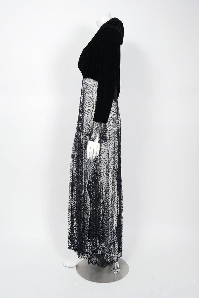 Women's Vintage 1995 Karl Lagerfeld for Chloe Black Spiderweb Lace Velvet Dress & Jacket For Sale