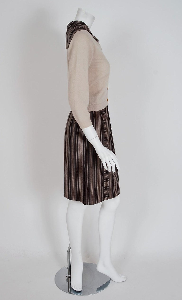 1950's Schiaparelli Beige Cashmere & Striped Wool Sailor-Flap Sweater Ensemble In Good Condition In Beverly Hills, CA