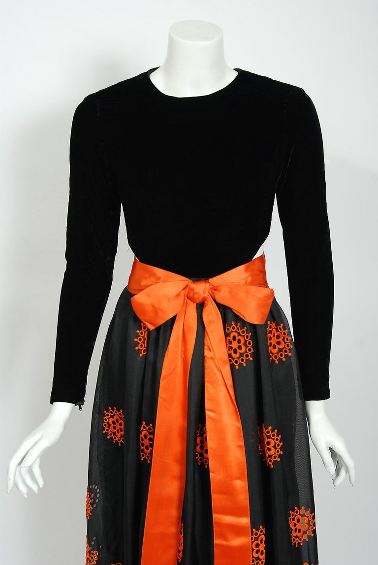 Vintage 1973 Pierre Balmain Haute-Couture Embroidered Black Organza Cut-Out Gown In Good Condition For Sale In Beverly Hills, CA