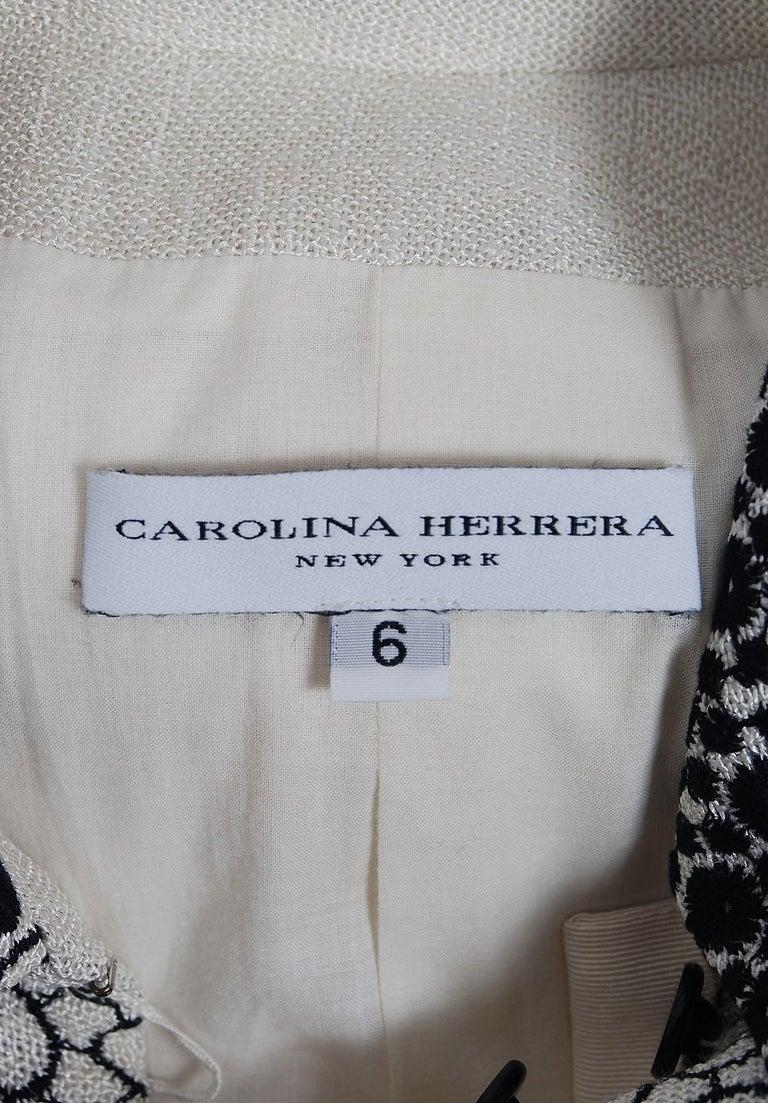 Vintage 1990's Carolina Herrera Black White Deco-Circles Embroidery Linen Jacket For Sale 2