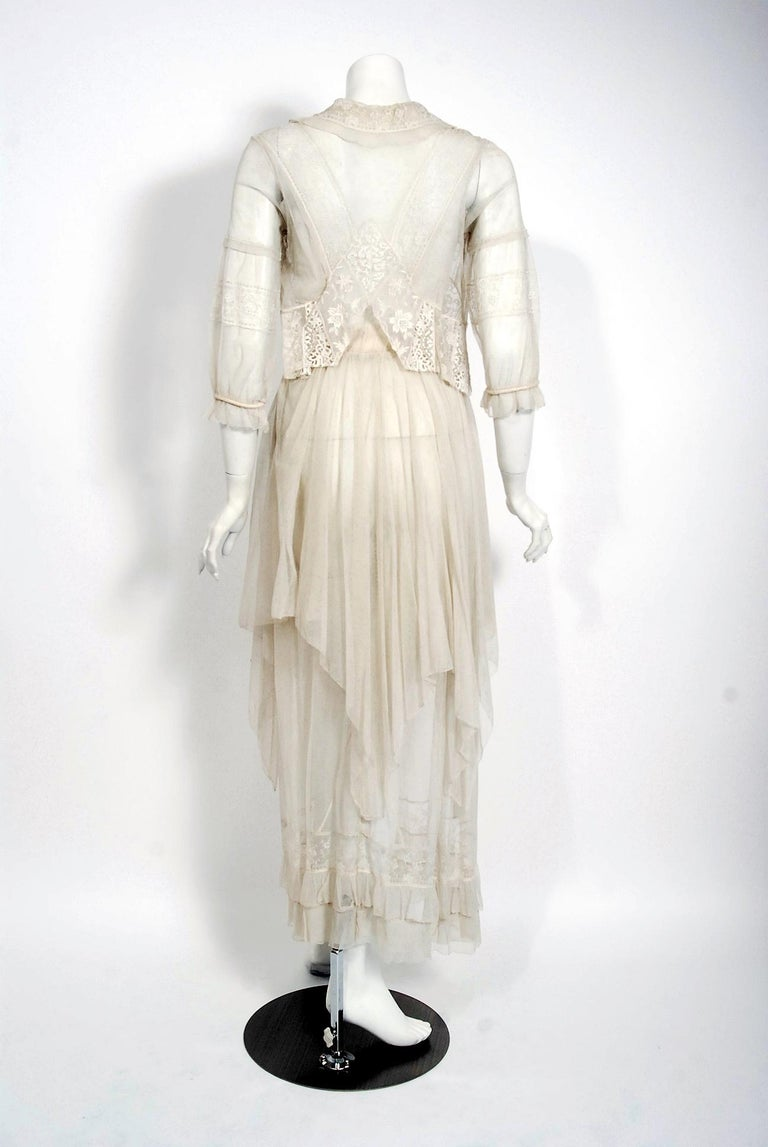 Vintage 1910's Ivory Sheer Embroidered Floral Lace & Tulle Tiered Bridal Gown  For Sale 2
