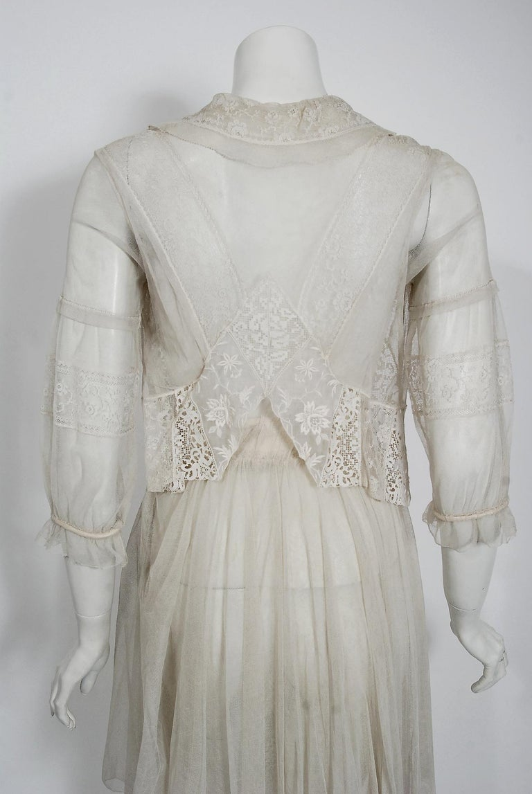 Vintage 1910's Ivory Sheer Embroidered Floral Lace & Tulle Tiered Bridal Gown  For Sale 3