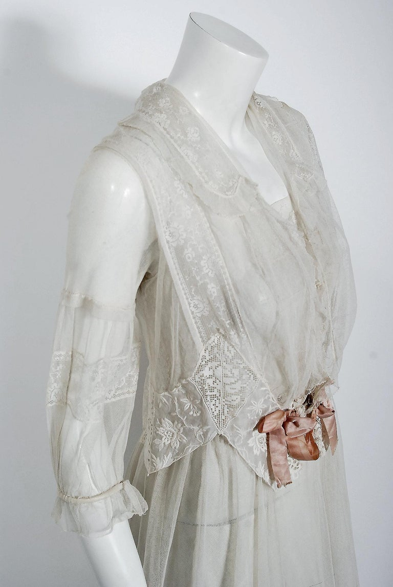 Women's Vintage 1910's Ivory Sheer Embroidered Floral Lace & Tulle Tiered Bridal Gown  For Sale