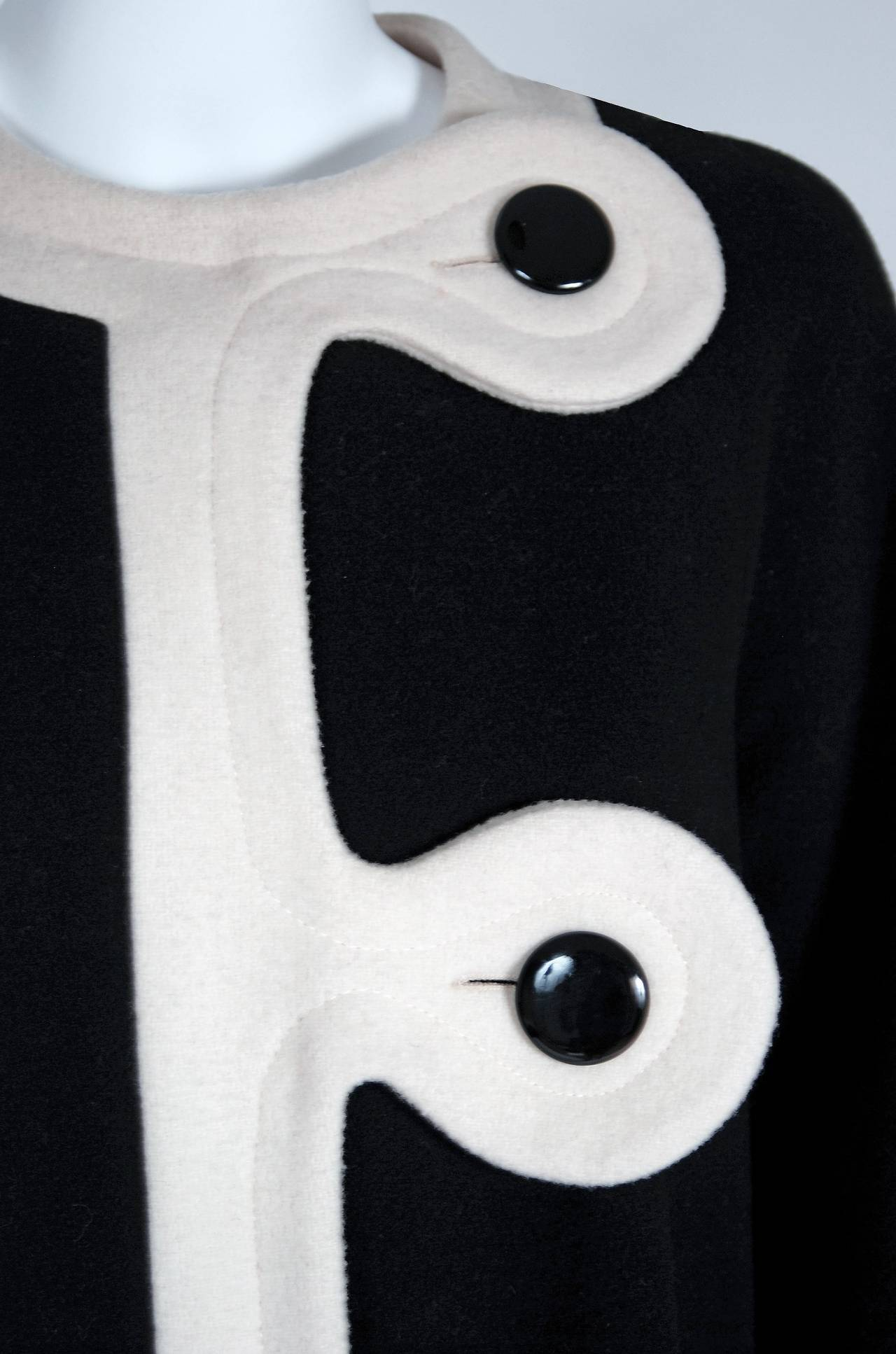 Women's 1960's Pierre Cardin Black & Ivory Block-Color Wool Mod Space-Age Swing Coat For Sale