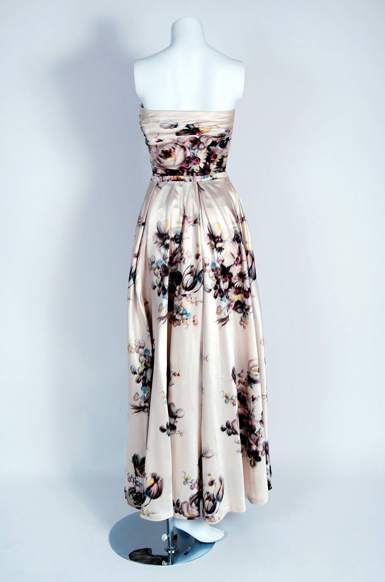 1950's Jeanne Lafaurie Couture Watercolor Floral-Print Satin Strapless Gown In Excellent Condition For Sale In Beverly Hills, CA