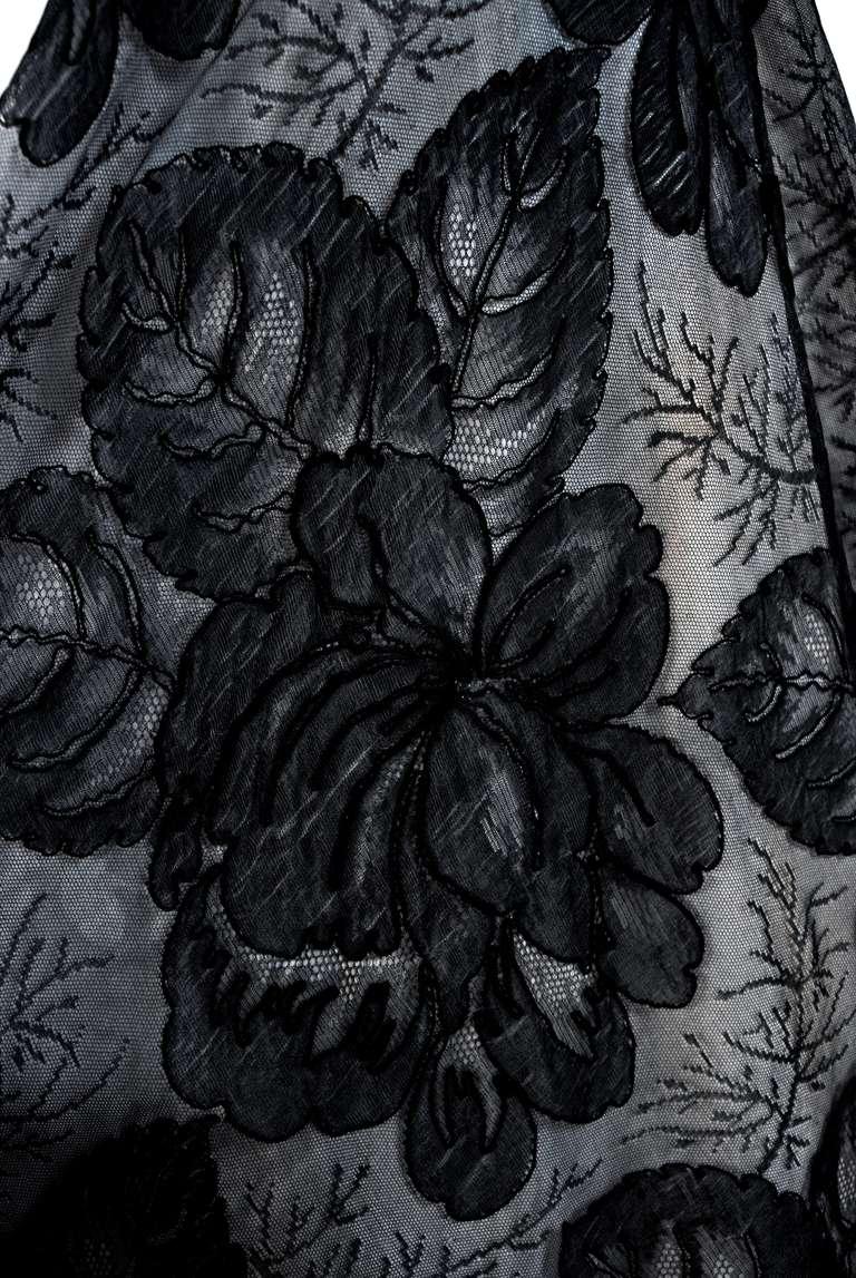 1951 Hattie Carnegie Black & White Lace Illusion Asymmetric Strapless Gown 4