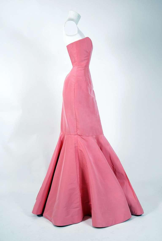 2011 Oscar de la Renta Pink Silk Strapless Hourglass Fishtail Mermaid Gown 2
