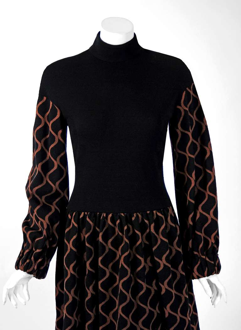 1960's Rudi Gernreich Op-Art Black & Mocha Wool Billow-Sleeves Mod Dress 2