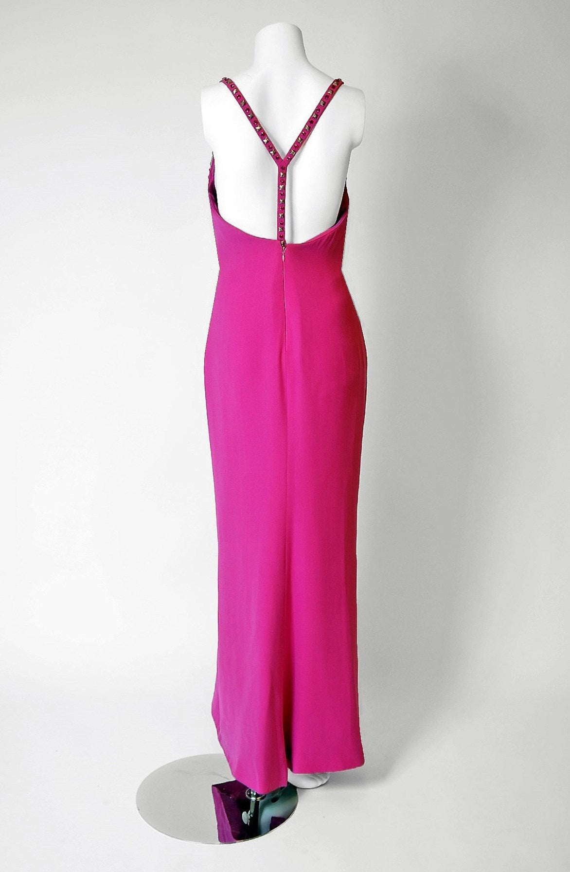 1995 Gianni Versace Couture Fuchsia Silk Studded Shelf-Bust Hourglass Gown In Excellent Condition For Sale In Beverly Hills, CA