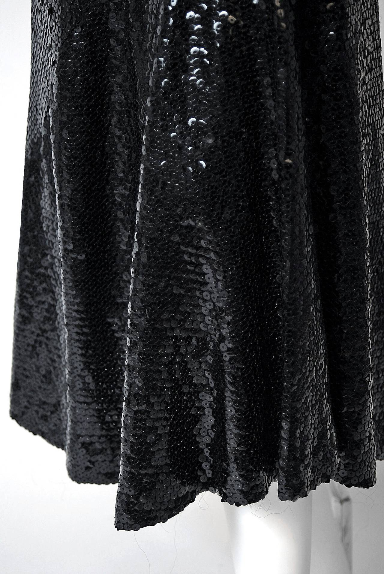 1970's Halston Black Sequin Silk-Jersey Plunge Hourglass Mermaid Cocktail Dress In Excellent Condition For Sale In Beverly Hills, CA