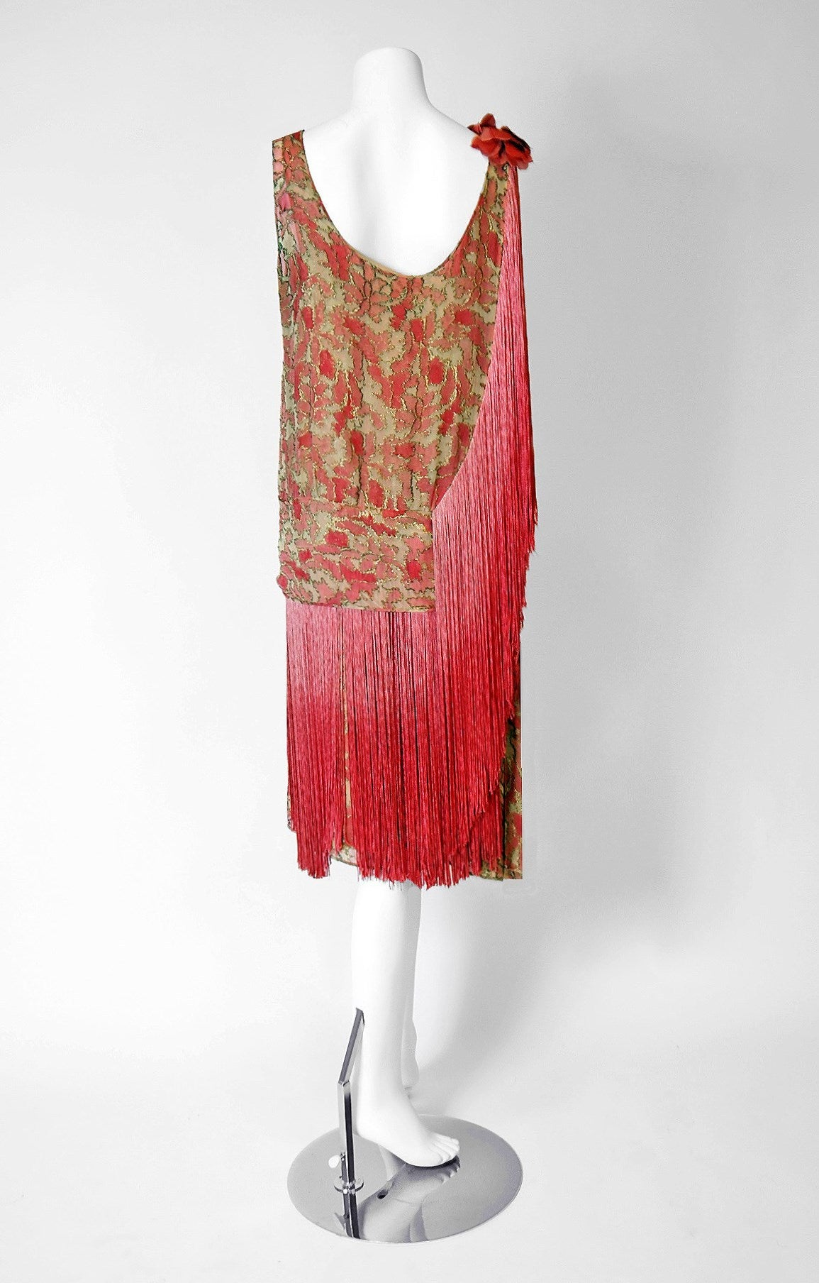 1920's B. Altman Couture Metallic-Gold & Pink Lame Ombre-Fringe Flapper Dress For Sale 1