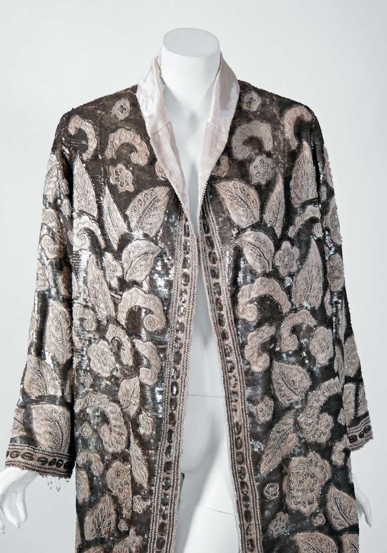 1920's French Couture Silver & Ivory Beaded Sequin Satin Deco Flapper Coat 2