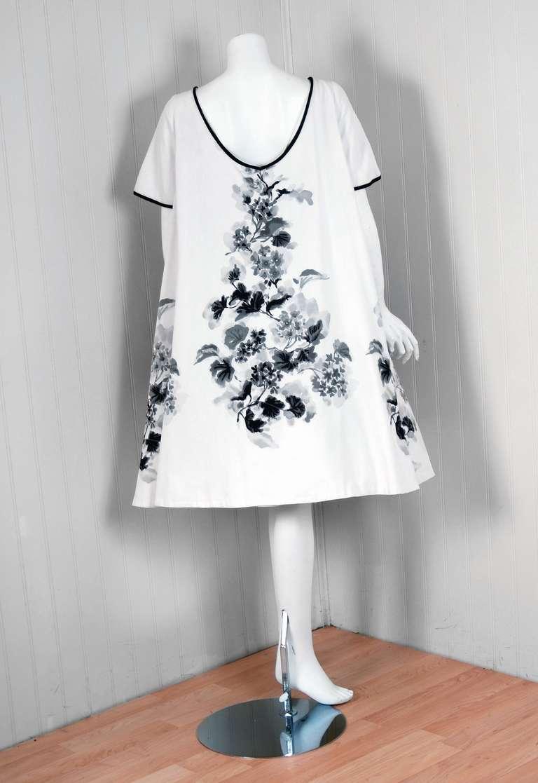 1950's Silvano of Roma Black White Floral Print Pique-Cotton Sun Dress & Coat For Sale 2