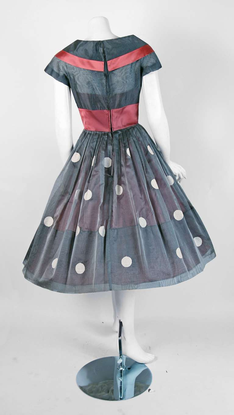1950's Polka-Dot Gray Embroidered Organza Portrait-Collar Full Party Dress 5