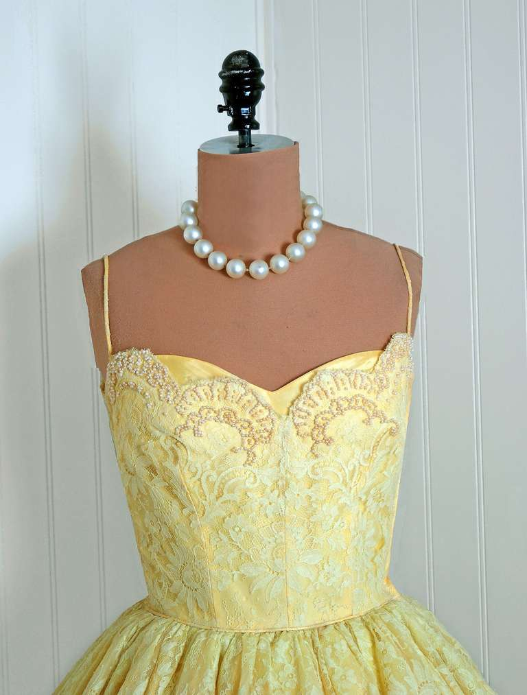 1950's Lemon-Yellow Beaded Floral-Lace Tiered Full Scalloped Party Dress 2