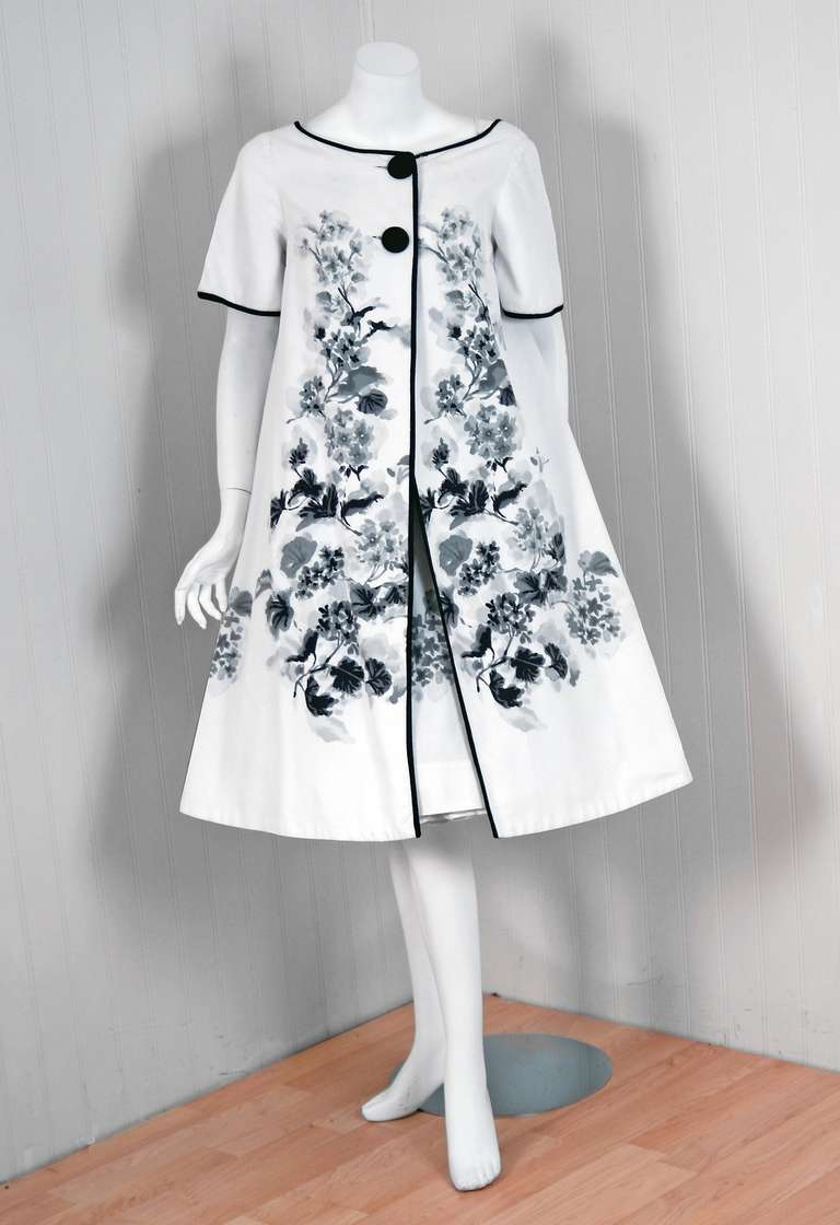 1950's Silvano of Roma Black White Floral Print Pique-Cotton Sun Dress & Coat In Excellent Condition For Sale In Beverly Hills, CA