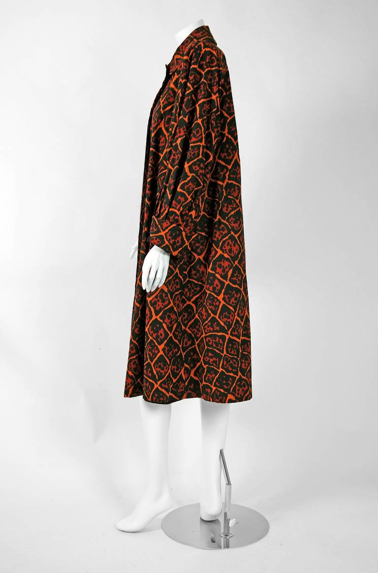 Vintage 1982 Yves Saint Laurent Leopard Print Cotton Twill Trench Jacket w/Tags In Excellent Condition For Sale In Beverly Hills, CA