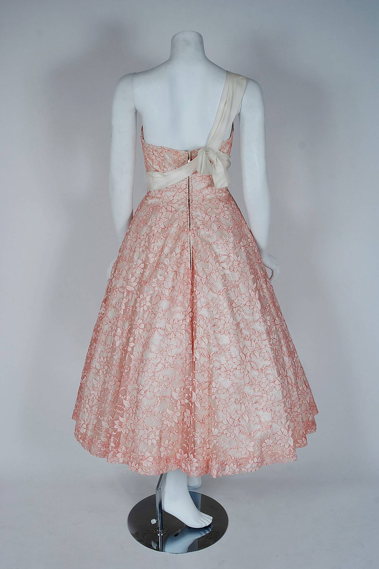 1950's Jacques Heim Haute-Couture Pink White Lace One-Shoulder Full Party Dress 5