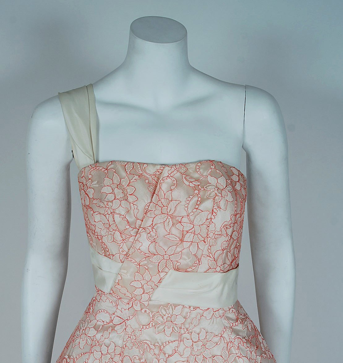1950's Jacques Heim Haute-Couture Pink White Lace One-Shoulder Full Party Dress 2