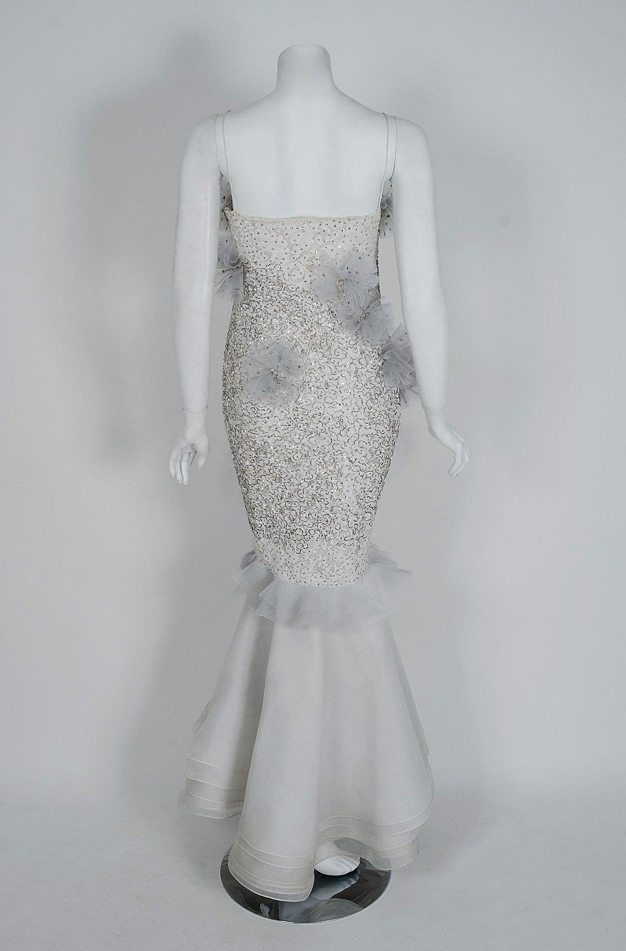 1955 Nina Ricci Paris Haute-Couture White Rhinestone Lace Silk Mermaid Gown For Sale 1