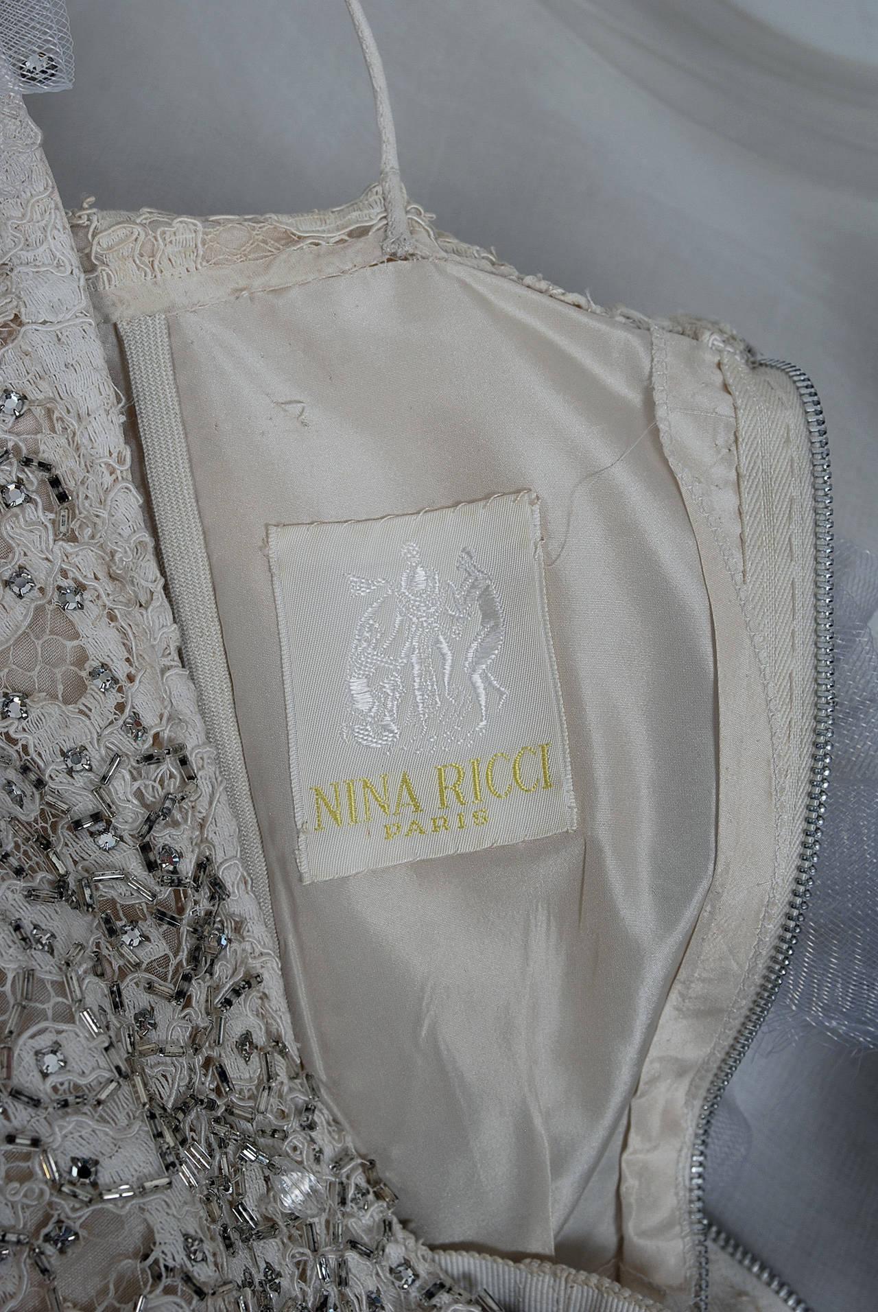 1955 Nina Ricci Paris Haute-Couture White Rhinestone Lace Silk Mermaid Gown For Sale 2