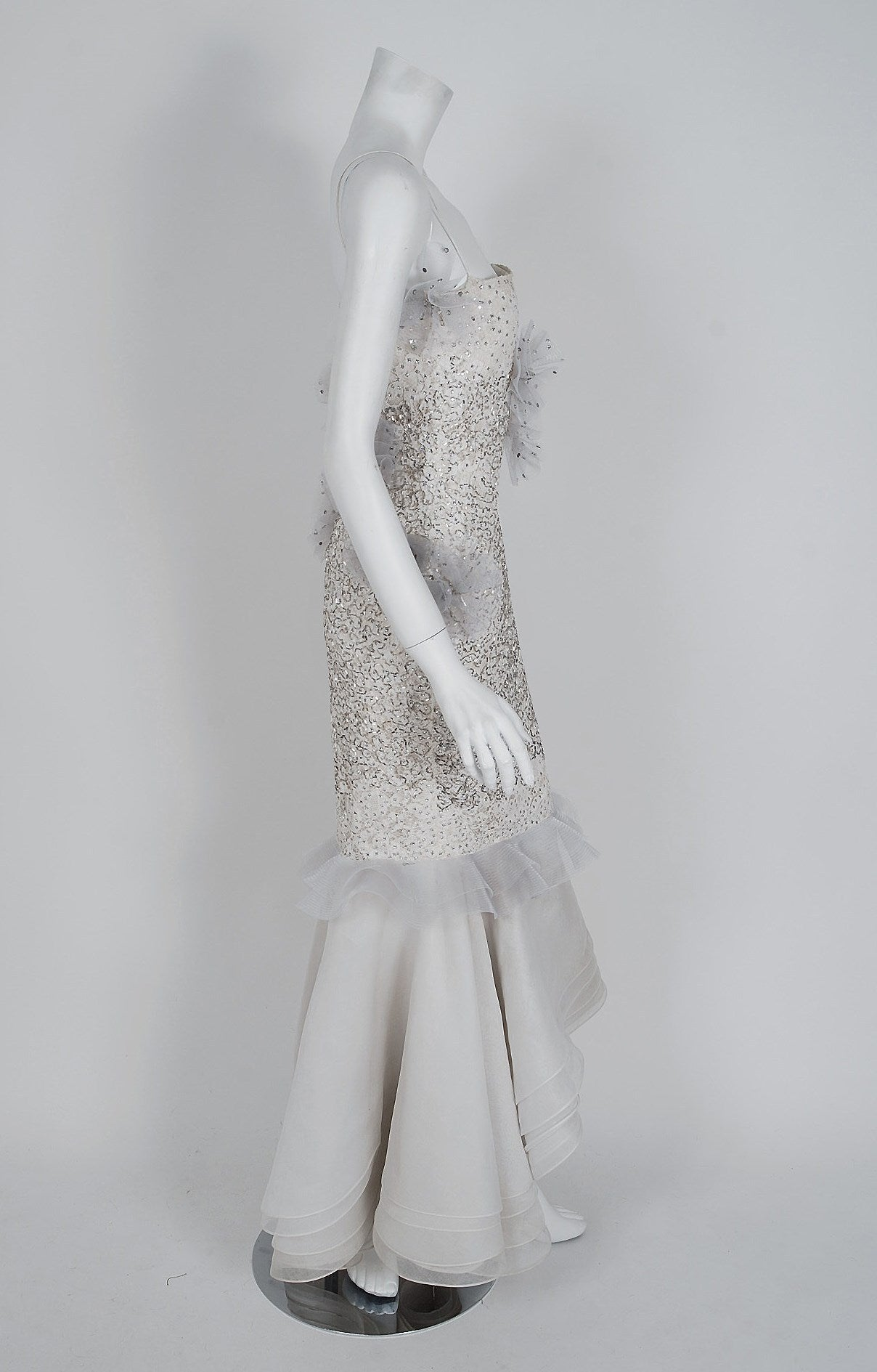 Women's 1955 Nina Ricci Paris Haute-Couture White Rhinestone Lace Silk Mermaid Gown For Sale
