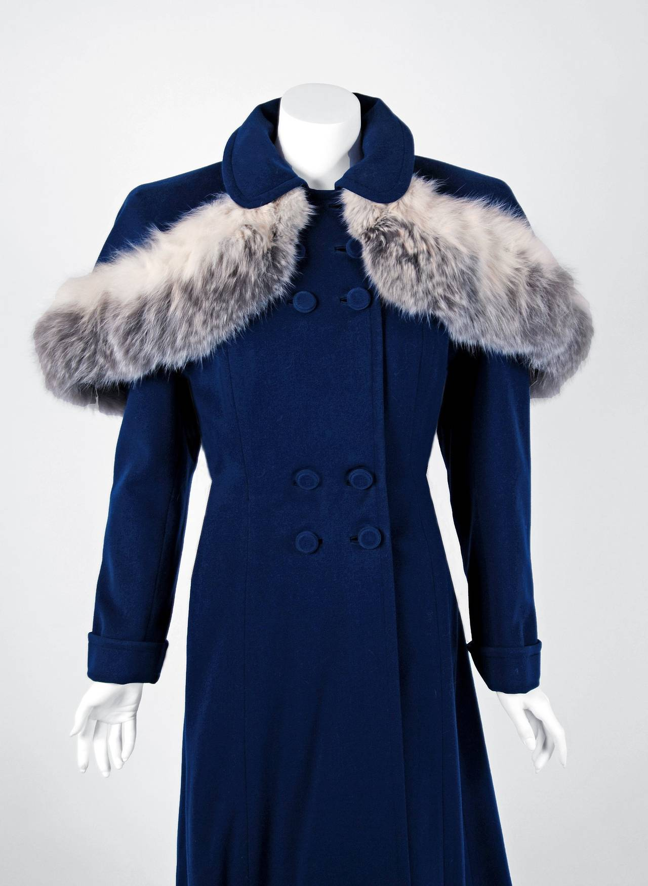 Famous 1940's Navy-Blue Wool Double-Breasted Princess Coat w/ Detachable  HM91