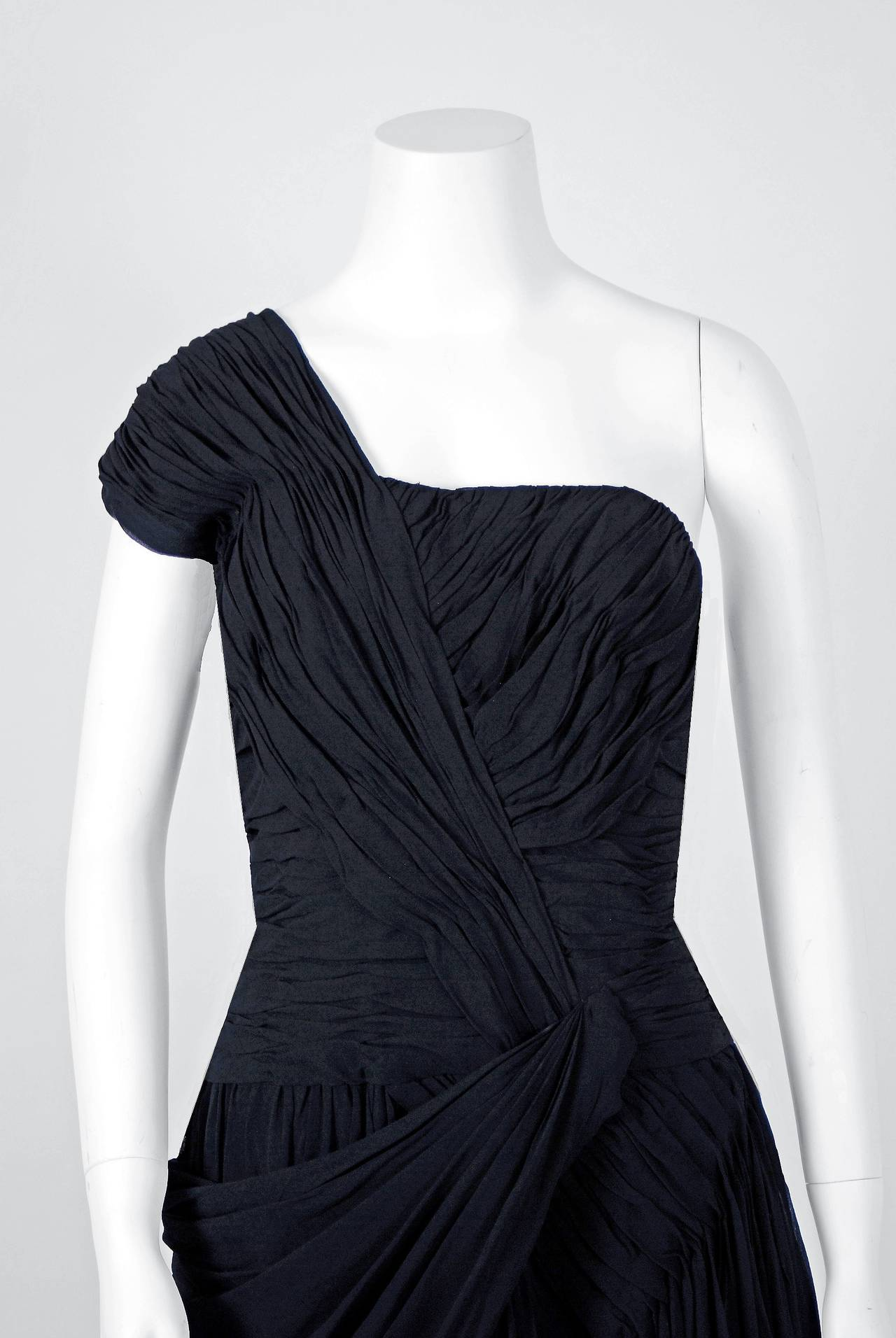 1950's French Couture Heavily-Pleated Black Chiffon One-Shoulder Party Dress In Excellent Condition For Sale In Beverly Hills, CA