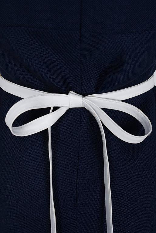 Women's 1966 Pierre Cardin Navy-Blue Linen Mod Sculpted Pockets Space-Age Belted Dress For Sale