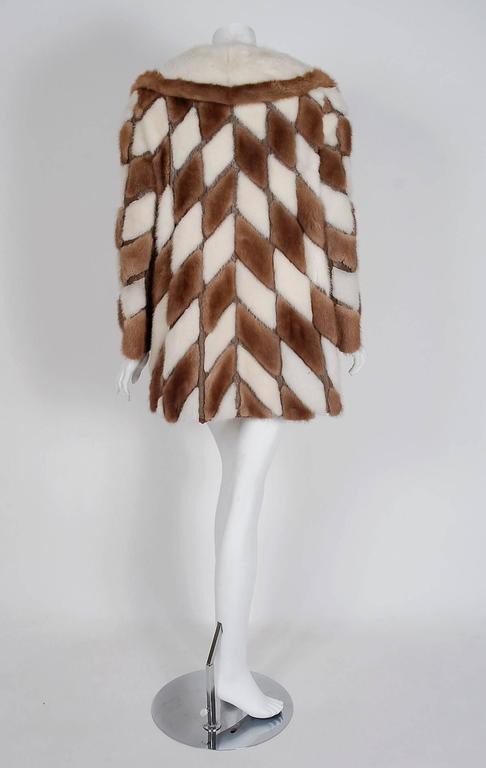 1960's Gorgeous Ivory-White & Brown Patchwork Mink-Fur Leather Belted Jacket  For Sale 1