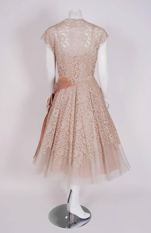 Women's 1950's Pierre Balmain Mauve-Pink Lace Tulle Illusion Side-Bow Full Party Dress For Sale